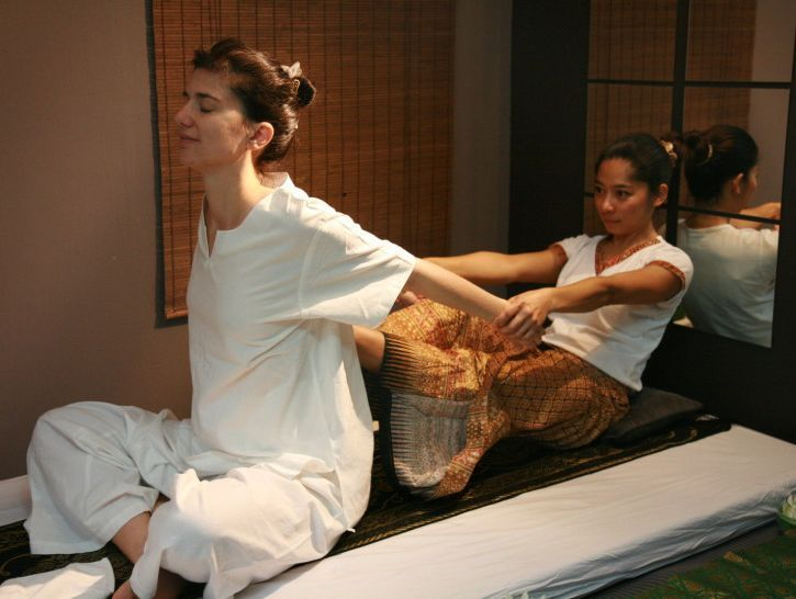 Massage traditionnel thaïlandais - Reanjittiya à Morrens